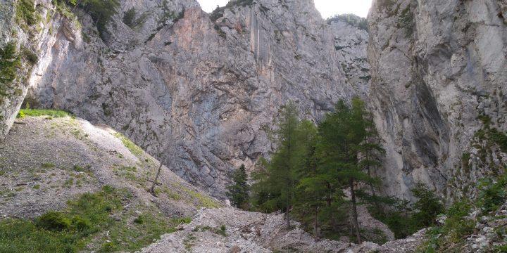 Steilwände der Rax. Foto: Johannes Kropf