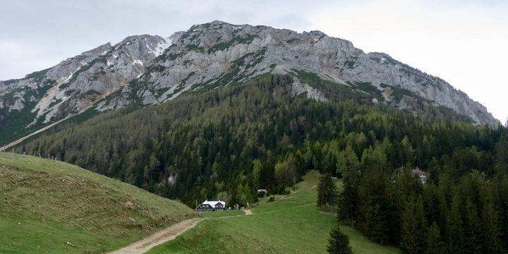 Edelweisshütte vor dem Schneeberg