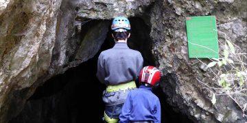 Höhlenwanderung auf der Hohen Wand