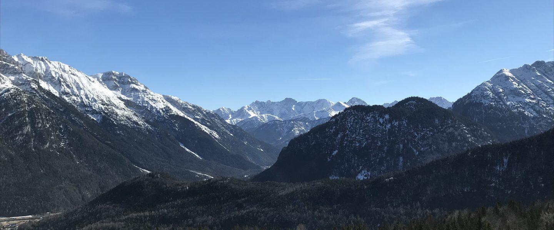 Ausblick vom Gipfel des Hohen Kranzberg. Foto: Cansu Zenger